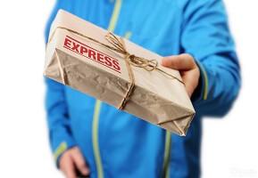 Cо скольки лет можно заказывать на Алиэкспрессс и получать посылки на почте